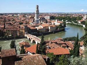 Pietra Bridge over Alige River, Verona, Italy, 2006